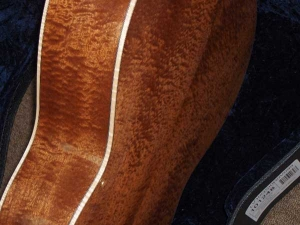 Larrivee Custom LV-10E, Quilted Sapele and Red Sitka Spruce 003, Mahogany/Spruce-8