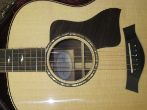 New! Taylor 818E, Sitka Spruce/East Indian Rosewood!