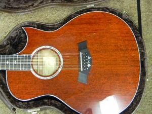 Taylor GSCE 12-String, Florentine Cutaway -h