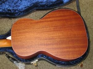 Larrivee Custom P03, Italian Alpine Spruce/Genuine South American Mahogany