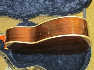Larrivee Custom 009, Cedar/East Indian Rosewood, Maple Binding