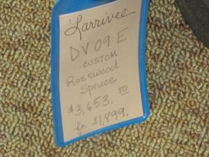 Larrivee DV-09E, Sitka Spruce/East Indian Rosewood