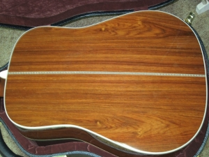 MARTIN CUSTOM HD28V, ADIRONDACK SPRUCE/EAST INDIAN ROSEWOOD