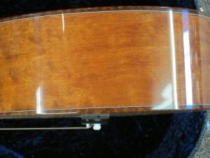 Larrivee Custom P-05, Italian Alpine Spruce/ Rare Quilted Mahogany