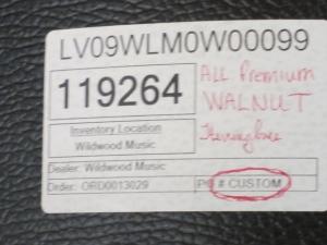 Larrivee Custom LV-10E, All-Walnut!