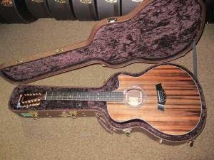 Taylor Custom 12-String—GSCE Sinker Redwood/Premium Rosewood-a