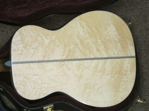 Martin Custom OM-28V, Deep Body, Birdseye Maple/Adirondack!