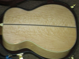 Martin Custom 00-28V, Deep Body, Birdseye Maple,/Adirondack!