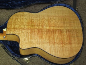 Larrivee Custom, LV03E, Silver Oak/Cedar