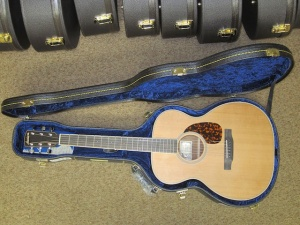 Larrivee Custom OM-03 Cedar top , Peruvian Walnut back and sides !