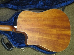Larrivee Custom DV-03E Cedar top/ Quilted Mahogany back and sides !