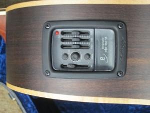 Larrivee Custom LV-03E Red Sitka Spruce top/ Rosewood back and sides !