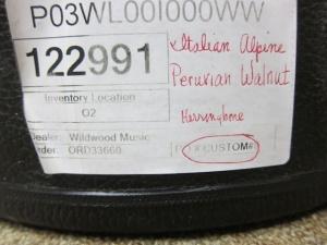 Larrivee Custom P03- Italian Alpine top / Peruvian Walnut back and sides !