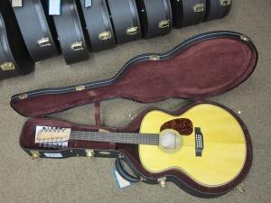 Martin Custom  Grand J28- 12 string /Adirondack Spruce top/Birds-Eye Maple back and sides