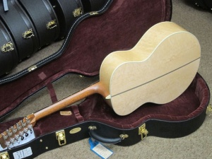 Martin Custom  Grand J28- 12 string /Adirondack Spruce top/Birds-Eye Maple back and sides