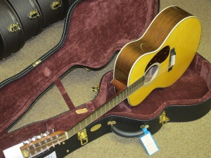 Martin Custom Grand J 28V, 12-String, Adirondack/East Indian Rosewood!